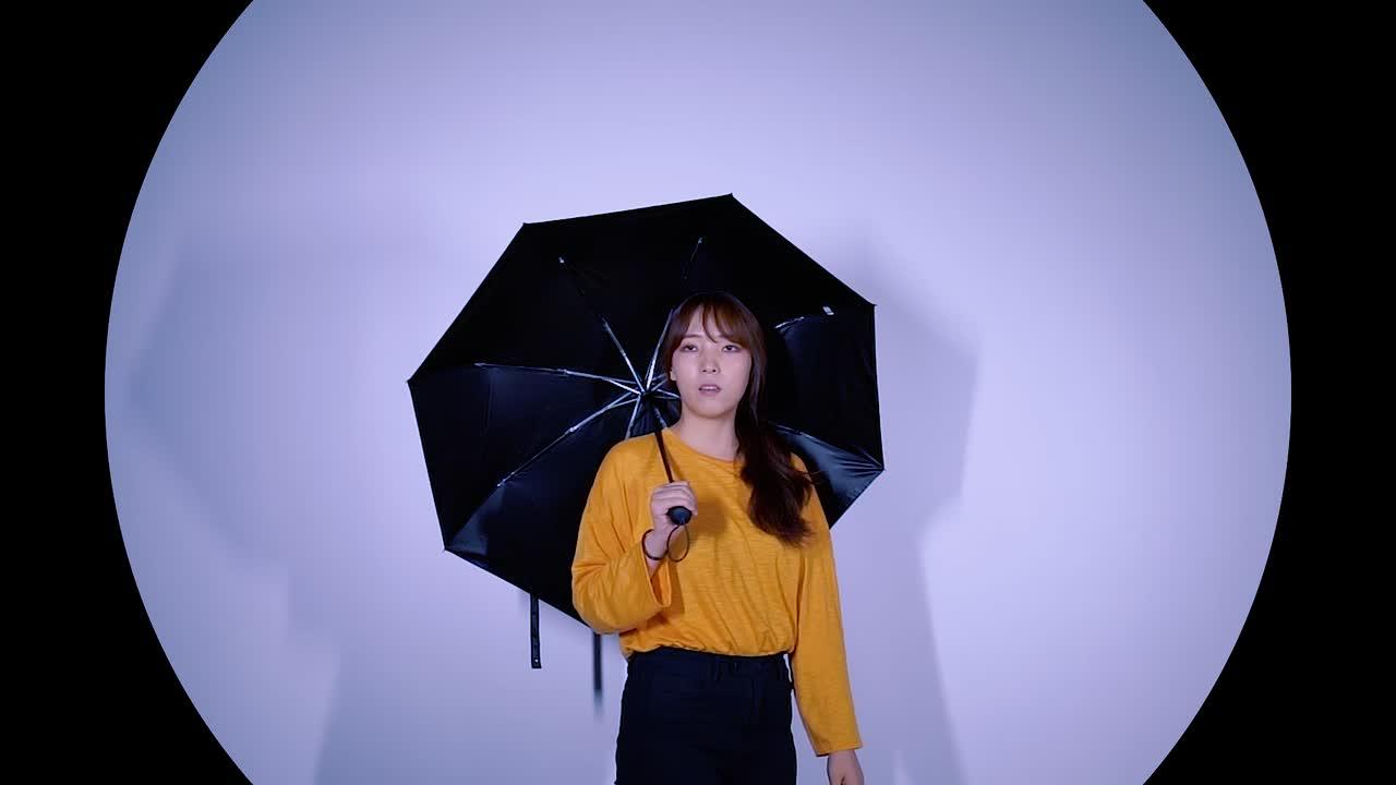 <캠페인> 남녀노소 양산 다 써 양산도 패션이다